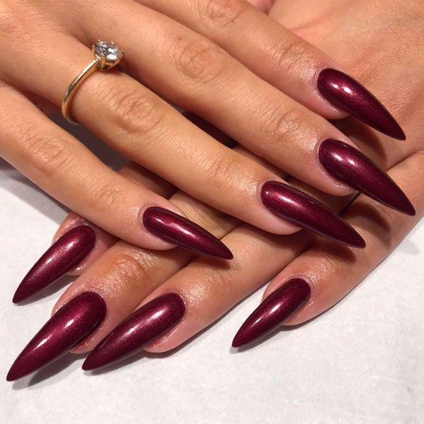 Smukke lange negle- gelenegle med forlængelse /tipper